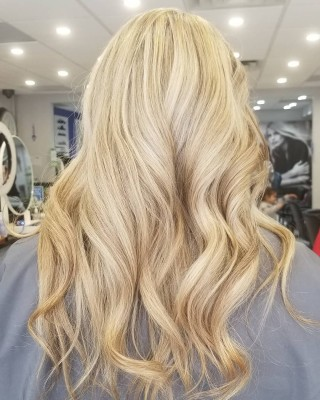 No filter needed ! Beautiful highlights on our client @annasglittery done by @yelena_stylist  #bloorwestvillage #d2ehairboutique #torontostylist #torontolife #besthairstylist #mastercolorist #hairstylist #hairstyle #haircut #generations #ecofriendly #veganlife #veganhaircare #sustainable #organic #consciousbeauty #salonlife #hairgoals #hairtrends #coloring #hustler #blondelife #softblonde #softness #babylights #blending #beachwaves #blondes #torontosalon #topstylist